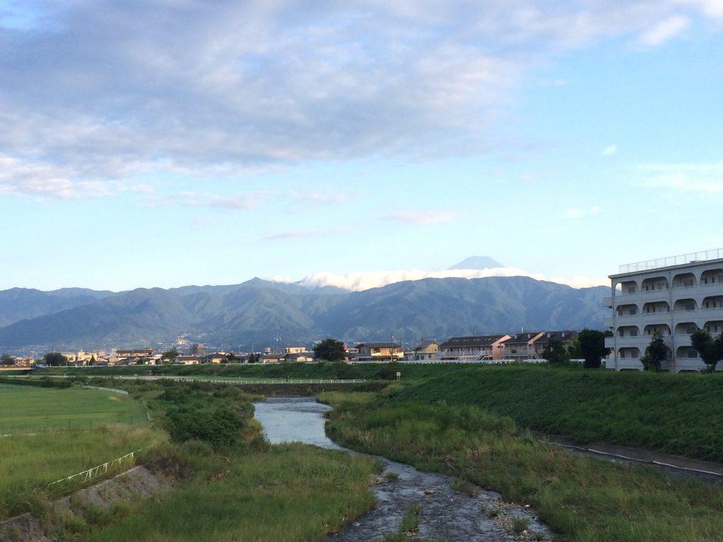 荒川橋から見える富士山。いつもの景色、日常へ。