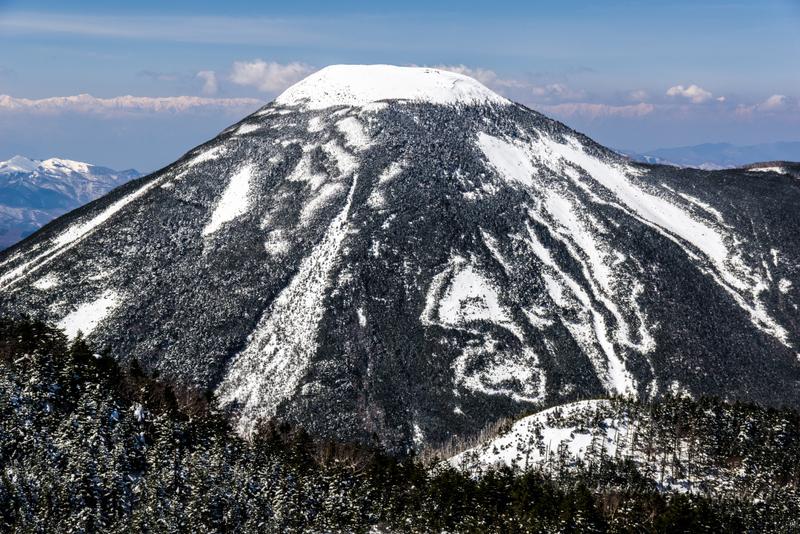 プリンにそっくりな冬の蓼科山(北横岳より)