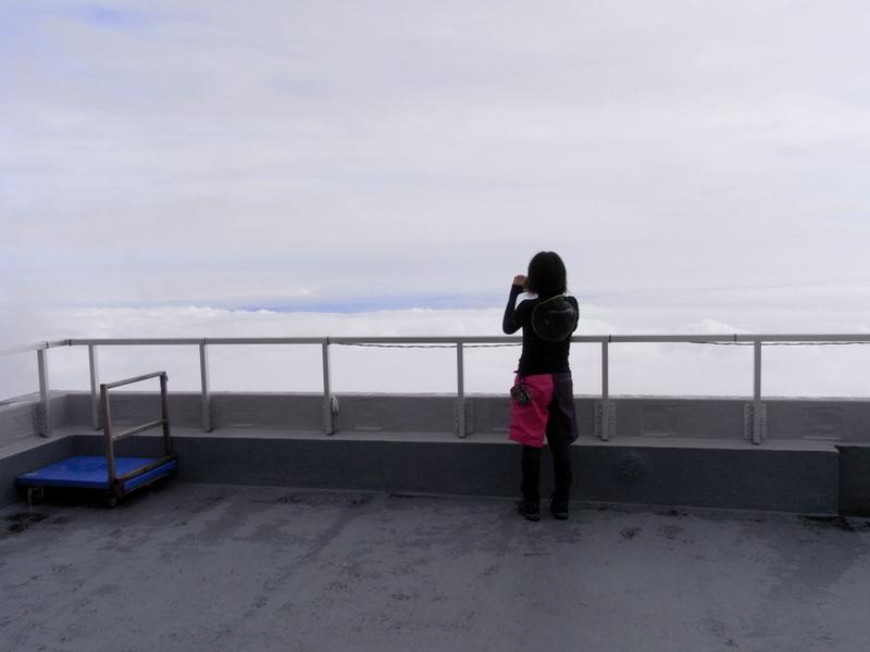 富士宮口五合目に到着。初めて見る雲海に写真撮りまくり